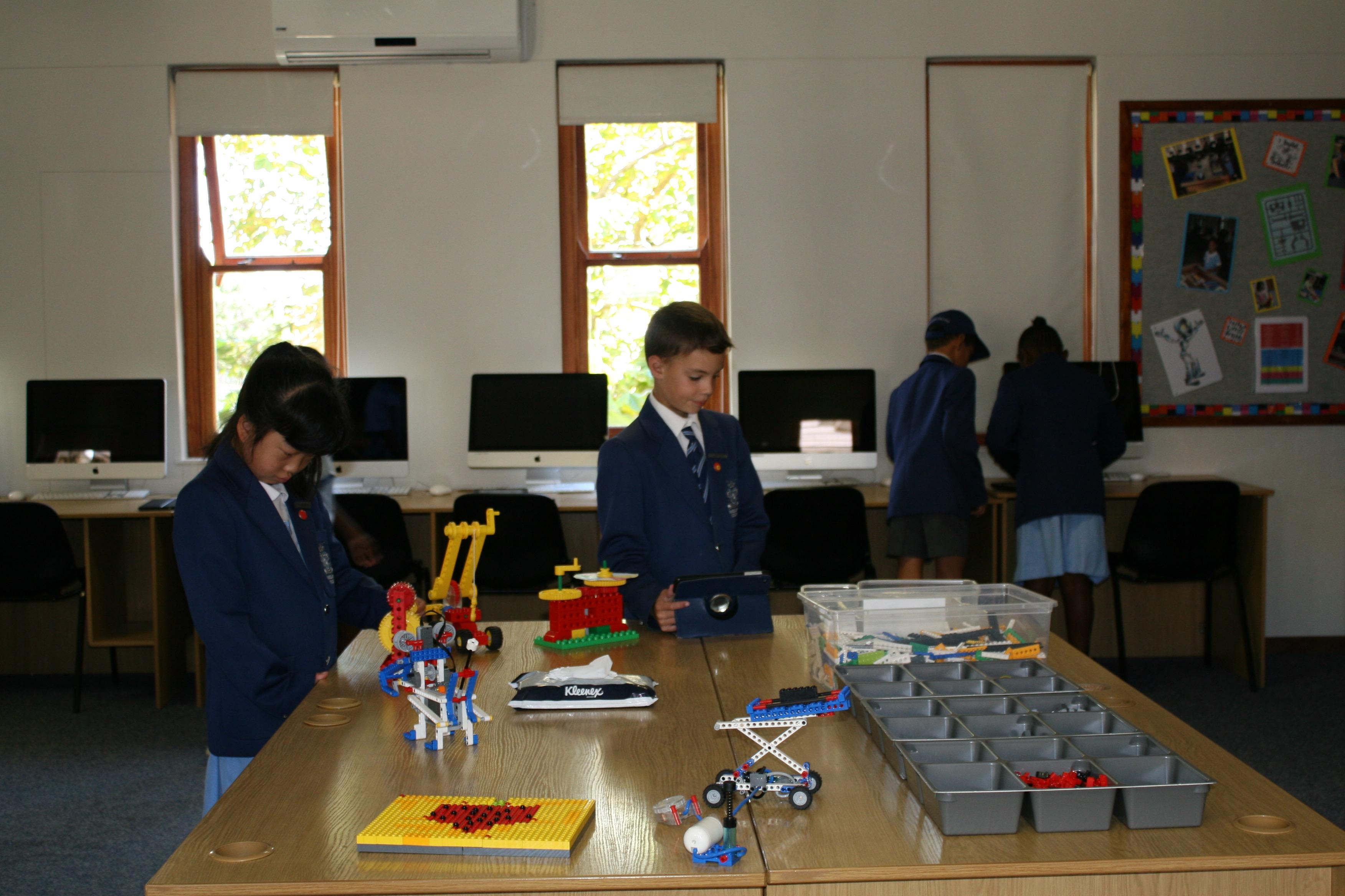 Parklands College Junior Preparatory Robotics 14